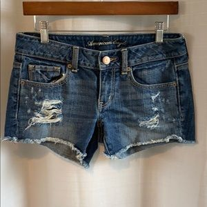 Low Rise AE Shorts Jeans
